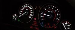 F30 Gelişmiş Kilometre Saat Uygulaması